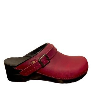 SANITA Danish Clogs Burgundy Leather Slip On Mules